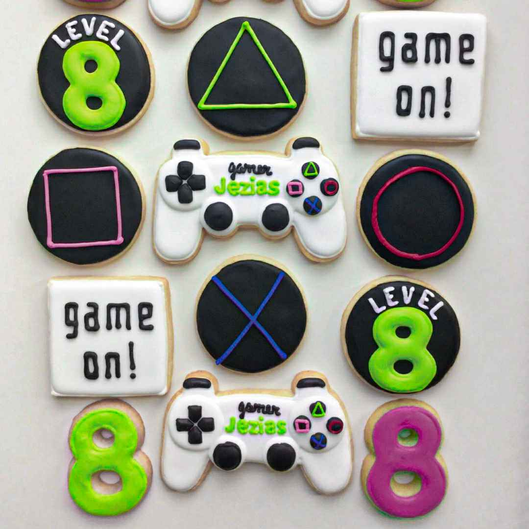 xbox controller cookie cutter, xbox cookie cutter, ps4 controller cookie cutter, ps4 cookie cutter, nintendo cookie cutters, minecraft fondant cutter, mario cookie cutter, super mario cookie cutters, gamer cookie cutters, gamer fondant cutters, cookie cutters, cookie moulds, cookie cutter near me, fondant cutters, mini cookie cutters, happy cutters