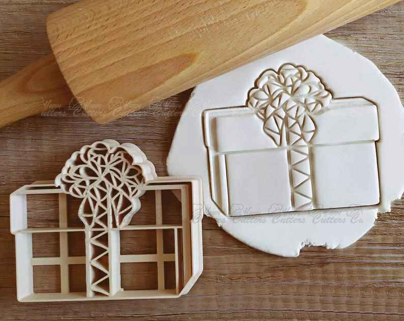 Present Christmas Cookie Cutter Pastry Fondant Dough Biscuit,                       birthday cookie cutters, happy birthday cookie cutter, birthday cake cookie cutter, happy birthday cookie stamp, baby shower cookie cutters, bridal shower cookie cutters, miss biscuit cookie cutters, jumbo gingerbread man cookie cutter, sausage dog cookie cutter, marine corps cookie cutter, skull cookie cutter, 50th birthday cookie cutters, tree cookie cutter, large gingerbread man cutter,