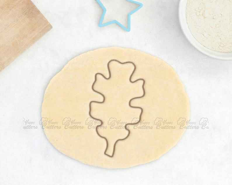 Oak Leaf Cookie Cutter – Fall Cookie Cutter Jungle Baby Shower Cookie Cutter Maple Leaf Cookie Cutter Aspen Leaf Baby Gift Baby Shower Favor,                       fall cookie cutters, mini fall cookie cutters, wilton fall cookie cutters, leaf cookie cutter, maple leaf cookie cutters, leaf fondant cutter, batman cookie cutter, dog biscuit cutters, daisy cookie cutter, astronaut cookie cutter, wrestling singlet cookie cutter, bts cookie cutter, buck cookie cutter, emoji fondant cutters,