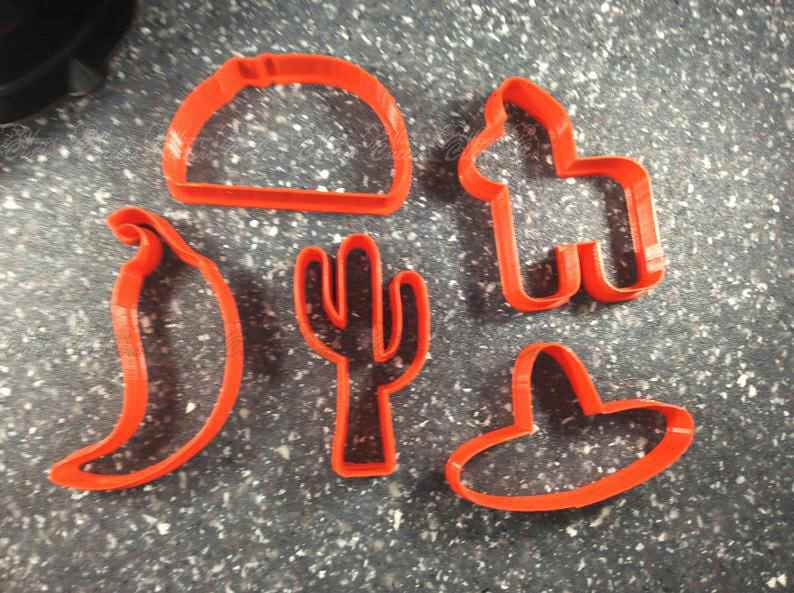 Cinco de Mayo Cookie Cutter Set,                       champagne bottle cookie, champagne bottle cookie cutter, wine bottle cookie cutter, beer bottle cookie cutter, cactus cutter, cactus cookie cutter, dinosaur footprint cookie cutter, science cookie cutters, winnie the pooh cookie cutters, bicycle fondant cutter, hexagon fondant cutter, ram cookie cutter, bmw cookie cutter, gingerbread girl cookie cutter,